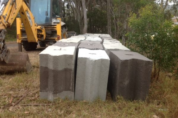 Retaining wall blocks for the new men's Shed